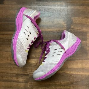Vionic Venture Gray and Purple Comfort Sneakers